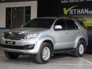 Bán Toyota Fortuner V 2.7AT đời 2014, màu bạc, giá tốt giá 796 triệu tại Tp.HCM