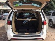 Cần bán lại xe Kia Sedona 2015, màu trắng giá 1 tỷ 100 tr tại Tp.HCM
