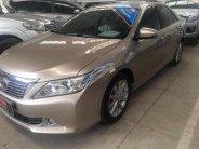 Cần bán Toyota Camry 2.5G sản xuất năm 2012, màu vàng giá 840 triệu tại Tp.HCM
