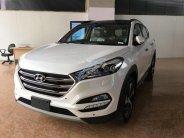 Bán Hyundai Tucson 1.6 AT Turbo đời 2018, màu trắng giá 880 triệu tại Hà Nội