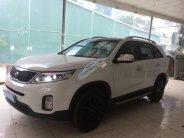 Cần bán lại xe Kia Sorento 2015, màu trắng giá 785 triệu tại Hà Nội