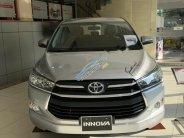 Bán Toyota Innova 2.0E sản xuất 2018, màu bạc giá 660 triệu tại Tp.HCM