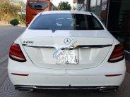 Bán Mercedes E200 năm sản xuất 2017, màu trắng giá 1 tỷ 950 tr tại Hà Nội