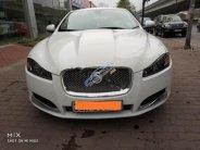Cần bán lại xe Jaguar XF 2.0 năm sản xuất 2013, màu trắng, nhập khẩu giá 1 tỷ 650 tr tại Hà Nội