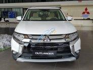 Mitsubishi Outlander 2.0 CVT Premium 7 chỗ, màu trắng, giá tốt giá 920 triệu tại Hà Nội