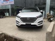 Bán xe Hyundai Tucson 2.0L 2018, màu trắng, giá bán cực tốt xe giao ngay giá 888 triệu tại Hà Nội