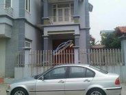 Bán BMW 3 Series 318 sản xuất 2002 xe nhập, chính chủ. Xe con gái làm công chức đi rất ít, chạy 8 vạn nên xe còn đẹp và mới giá 195 triệu tại Hà Nội