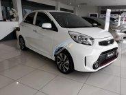 Bán ô tô Kia Morning Si 1.25 AT đời 2018, màu trắng, hỗ trợ vay trả góp lãi suất hấp dẫn. L/h Trường Kia: 0938 907 874 giá 379 triệu tại Tiền Giang