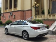 Cần bán Hyundai Sonata đời 2011, màu trắng, xe nhập, giá chỉ 615 triệu giá 615 triệu tại Thái Nguyên