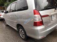 Cần bán Toyota Innova E 12/2015, màu bạc giá 565 triệu tại Bắc Ninh
