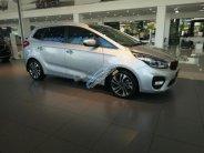 Bán ô tô Kia Rondo 2.0 GATH năm sản xuất 2018, màu bạc, giá chỉ 779 triệu giá 779 triệu tại Hà Nội