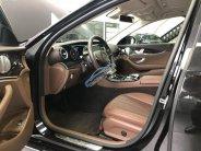 Cần bán xe Mercedes E250 đời 2017, màu đen giá 2 tỷ 249 tr tại Tp.HCM