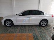 Bán BMW 3 Series 320i năm sản xuất 2016, màu trắng, nhập khẩu nguyên chiếc giá 1 tỷ 200 tr tại Tp.HCM