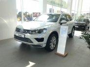 Bán ô tô Volkswagen Touareg sản xuất 2017, màu trắng, nhập khẩu nguyên chiếc giá 2 tỷ 390 tr tại Hà Nội