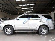 Cần bán xe Toyota Fortuner G 2.5MT đời 2014, màu bạc giá 816 triệu tại Tp.HCM