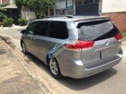 Chính chủ bán xe Toyota Sienna đời 2011, màu bạc, xe nhập giá 1 tỷ 180 tr tại Tp.HCM