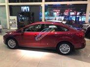 Bán xe Ford Focus Trend, Titanium & Sport 1.5 AT, KM: BHVC, Phim,... LH: 0935.437.595 để được tư vấn giá 570 triệu tại Tp.HCM