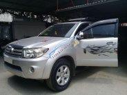 Cần bán Toyota Fortuner V2.7 2009, màu bạc chính chủ, giá tốt giá 540 triệu tại Hà Nội