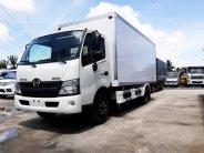 Xe tải 3.5 tấn Hino 300 thùng kín composite | Hỗ trợ ngân hàng đến 80% giá 845 triệu tại Tp.HCM
