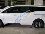 Gia đình bán Kia Sedona 2017, màu trắng   giá 1 tỷ 185 tr tại Hà Nội