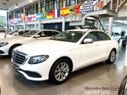 Bán Mercedes E200 2018 màu trắng, chính chủ chạy lướt giá 1 tỷ 960 tr tại Hà Nội