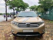 Bán xe Toyota Highlander năm 2011 màu vàng cát, 1 tỷ 179 triệu, xe nhập khẩu giá 1 tỷ 179 tr tại Hà Nội