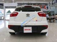 Cần bán gấp Kia Rio 1.4AT sản xuất 2016, màu trắng  giá 548 triệu tại Hà Nội