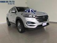 Hyundai Tucson 2.0L AT màu bạc với nhiều ưu đãi hấp dẫn nhất giá 838 triệu tại Tp.HCM