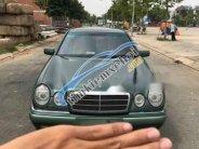 Bán xe Mercedes E230 năm 1997 số sàn, giá tốt giá 300 triệu tại Tp.HCM