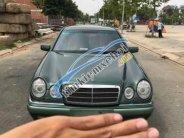 Cần bán Mercedes E280 sản xuất năm 1997 xe gia đình giá 260 triệu tại Tp.HCM