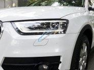 Cần bán gấp Audi Q3 AT năm 2014, màu trắng, nhập khẩu nguyên chiếc   giá 1 tỷ 168 tr tại Tp.HCM