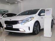 Cần bán xe Kia Cerato 1.6, màu trắng mới 100% tại Đồng Nai giá 499tr. Ngân hàng hỗ trợ vay đến 85% giá 499 triệu tại Đồng Nai