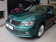 Volkswagen Jetta đời 2018, màu xanh lục, nhập khẩu nguyên chiếc giá 899 triệu tại Khánh Hòa