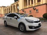 Cần bán lại xe Kia Rio đời 2017, màu trắng, giá 479 triệu giá 479 triệu tại Bình Dương