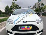 Cần bán gấp Ford Focus 2.0 AT năm 2013, màu trắng   giá 555 triệu tại Hà Nội