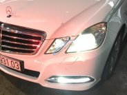 Bán Mercedes E250 năm sản xuất 2010, màu trắng chính chủ, giá chỉ 750 triệu giá 750 triệu tại Tp.HCM