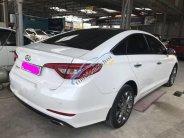 Cần bán lại xe Hyundai Sonata 2.0AT sản xuất 2015, màu trắng  giá 808 triệu tại Tp.HCM