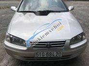 Bán Toyota Camry năm sản xuất 2001, màu bạc giá cạnh tranh giá 260 triệu tại Tp.HCM