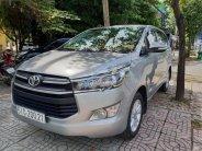 Cần bán xe Toyota Innova 2.0E sản xuất 2016, màu bạc như mới giá 715 triệu tại Tp.HCM