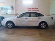 Cần bán Chevrolet Lacetti 2011, màu trắng, giá 240tr giá 240 triệu tại Tp.HCM