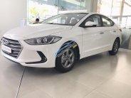 Bán Hyundai Elantra 1.6 MT trắng xe có sẵn giao ngay, hỗ trợ vay trả góp lãi suất ưu đãi, LH 0903 175 312 giá 560 triệu tại Tp.HCM