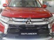 Bán ô tô Mitsubishi Outlander 2.0 AT CVT sản xuất năm 2018, màu đỏ giá 900 triệu tại Tp.HCM