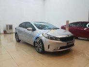 Cần bán xe Kia Cerato năm sản xuất 2018, màu bạc giá cạnh tranh giá 499 triệu tại Hà Nội