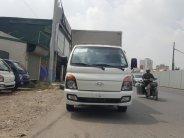 Bán xe tải thùng kín Hyundai H150 mầu trắng giao ngay giá 410 triệu tại Hà Nội