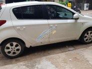 Cần bán gấp Hyundai i20 đời 2011, màu trắng số tự động giá 338 triệu tại Hà Nội