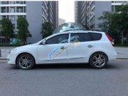 Cần bán xe Hyundai i30 CW năm sản xuất 2010, màu trắng chính chủ giá cạnh tranh giá 388 triệu tại Hà Nội