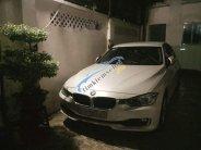 Bán xe BMW 320i đời 2013, màu trắng, nhập khẩu, giá 915tr giá 915 triệu tại Tp.HCM