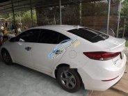 Cần bán Hyundai Elantra năm 2017, màu trắng, xe nhà chạy kỹ full option giá 590 triệu tại Bình Phước
