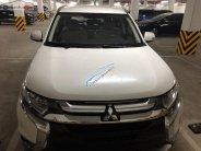 Cần bán Mitsubishi Outlander 2.0 CVT năm sản xuất 2018, màu trắng, giá tốt giá 830 triệu tại Hà Nội