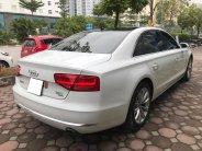 Bán xe Audi A8L 2011 màu trắng nhập khẩu một chủ đi hơn 8 vạn km giá 2 tỷ 180 tr tại Tp.HCM